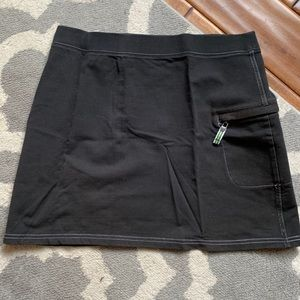 Ann Taylor loft casual black skirt. Small guc